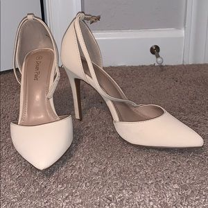 Dream Pairs Nude Heels
